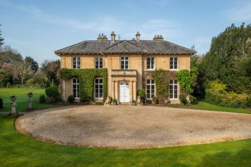 Domus Holmes: A Boutique Property Buying Agency